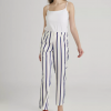 Pantalon blanc à rayures