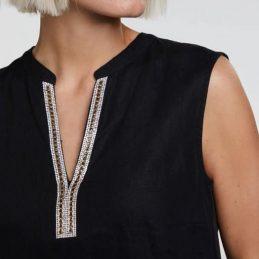 robe-en-lin-noire