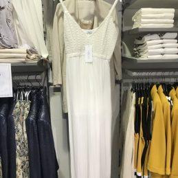 robe-hailys