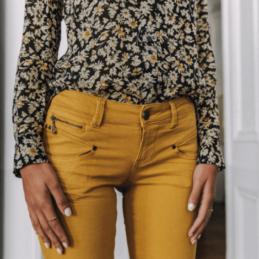 pantalon-moutarde-freeman-t-porteur (2)